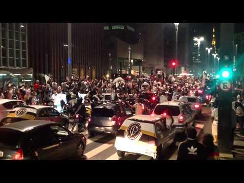 Los festejos de Corinthians en San Pablo tras la coronación en la Libertadores