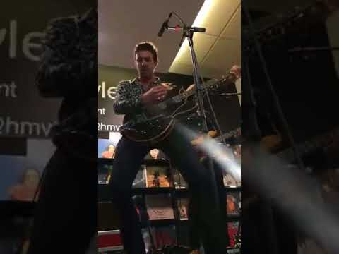 Miles Kane - The Wrong Side of Life (2018.08.15 @ HMV Glasgow, UK)