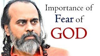 The meaning and importance of 'Fear of God' || Acharya Prashant, on Guru Granth Sahib (2019)