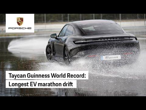 Bị nghi ngờ không drift được, Porsche Taycan lập luôn kỷ lục Guinness mới để chứng minh