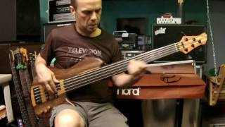 I'm Gonna Tear Your Playhouse Down - Paul Young (Pino Palladino) bass cover