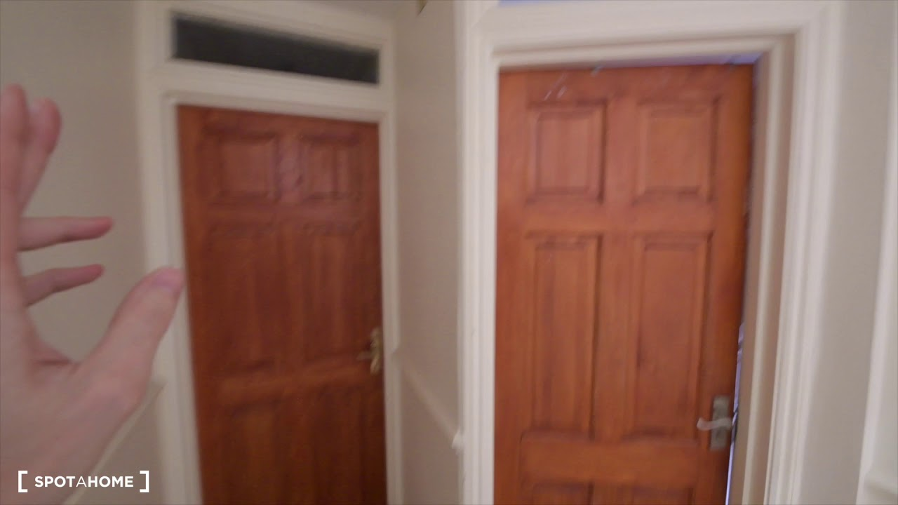 Double bed in Rooms to rent in a 6-bedroom house with a garden in Lambeth