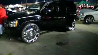 BLACK Chevy Tahoe on 30
