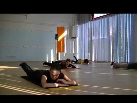 immagine di anteprima del video: PILATES ESERCIZI PER I GLUTEI