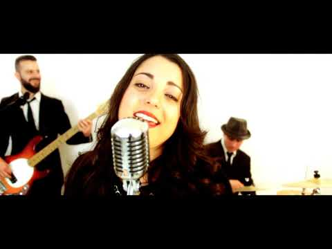 Black And Gold Lounge, electroswing, dance. Lecce Musiqua