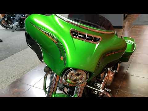 2015 Harley-Davidson Street Glide® in Delano, Minnesota - Video 1