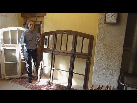 Sprossenfenster restaurieren, Farbe von altem Fenster entfernen