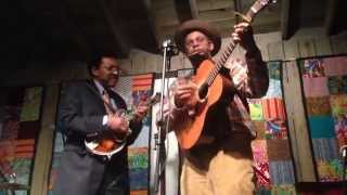 Dom Flemons and Richard Brown - Going Down the Road Feeling Bad