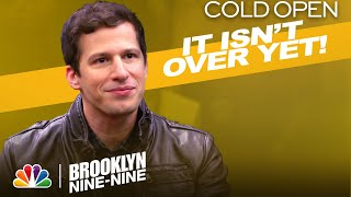 Cold Open: Holt Announces the Precinct Is Closing - Brooklyn Nine-Nine