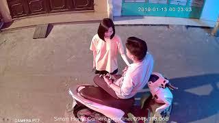 Xvideo Cặp đôi trẻ tâm sự ôm ấp lúc đêm khuya - Hình ảnh được camera ghi lại.