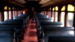preview picture of video 'Vagon de ferrocarril Linke Hofmann  - Quinta normal / Santiago de Chile'