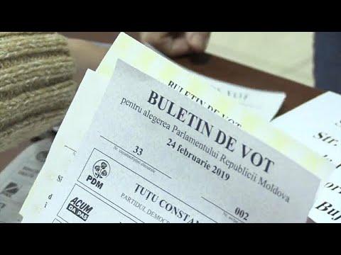 Στις κάλπες οι Μολδαβοί για τις βουλευτικές εκλογές