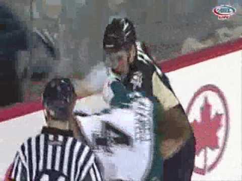 Tommy Maxwell vs. Aaron Boogaard