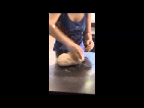 Video Tips Cara Membuat Roti yang enak dan Empuk