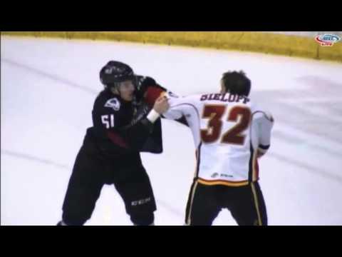 Patrick Sieloff vs. Mitchell Heard