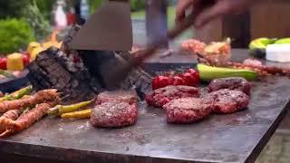 Quan Garden Art - Buitenkoken Met Een BBQ Vuurschaal -