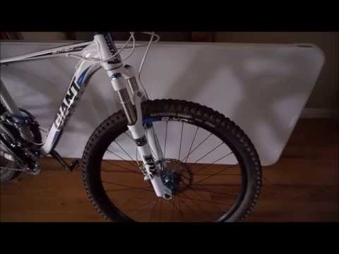 Maxxis Minion 29 x 2.5 mountain bike tire review mad grip