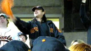Steve Perry & 43,000 Friends NEVER 'Stop Believing' in the GIANTS - NLCS Gm 5