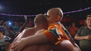 Seven-year-old cancer survivor Kiara Grindrod meets John Cena and Sting: WWE Raw, Sept. 14, 2015