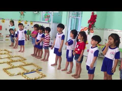Tiết dạy thể dục: Bật tách khép chân - lớp lá A - giaó viên Trần Thị Mỹ Lệ