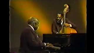 Ella Fitzgerald and Count Basie - Honeysuckle Rose - 1979