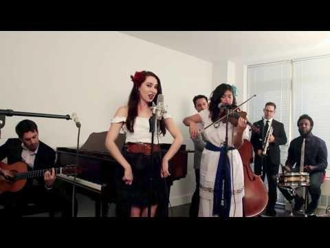 Wake Me Up - Mariachi Style Avicii / Aloe Blacc Cover en Español feat. Robyn Adele Anderson