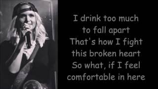 Miranda Lambert ~ Ugly Lights (Lyrics)