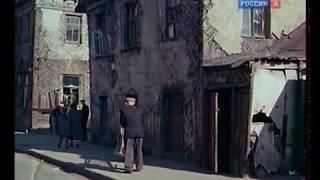 Смотреть онлайн Как жили во времена СССР