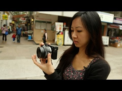 Sony NEX-6 - Two Different Opinions