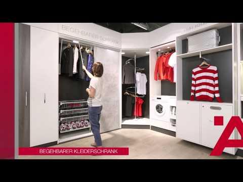 Auch für einen begehbaren Kleiderschrank bietet die Fa. Häfele ein Lösung