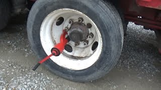 Best way to loosen lugnuts on a truck without power tools