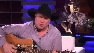 "Garth Brooks Performs ""Mom"""