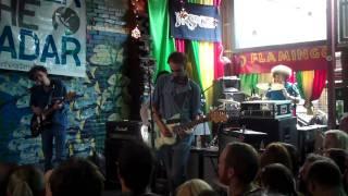 Yuck - Get Away (Live @ SXSW) 2011