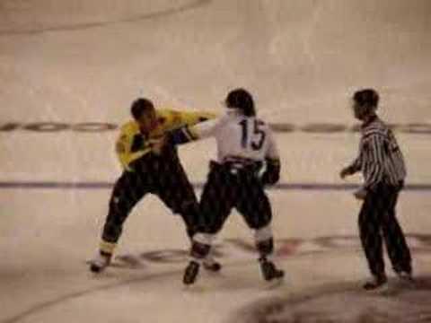 Kevin Westgarth vs. Steve MacIntyre