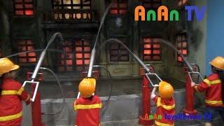 Trò chơi bé tập làm lính cứu hỏa - Training and playing Firemen for Kids ❤ Anan ToysReview TV ❤