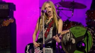 Avril Lavigne - What The Hell Live