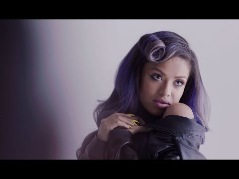 Beyond the Lights (Restricted Clip 'Lose the Jacket')