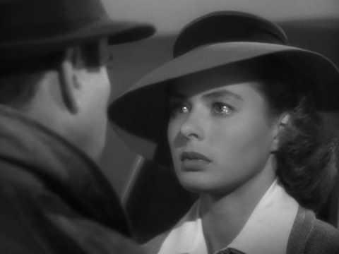 Casablanca di Michael Curtiz (1942) - estratto: areoporto
