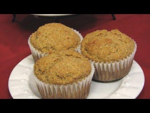 Wheat Germ Muffins -- Lynn's Recipes
