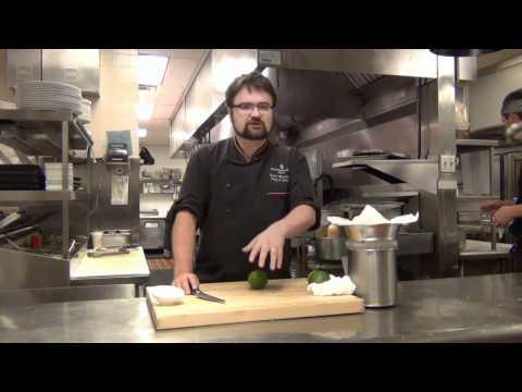 Video TRIO Tutorial: How To Make Queso Blanco