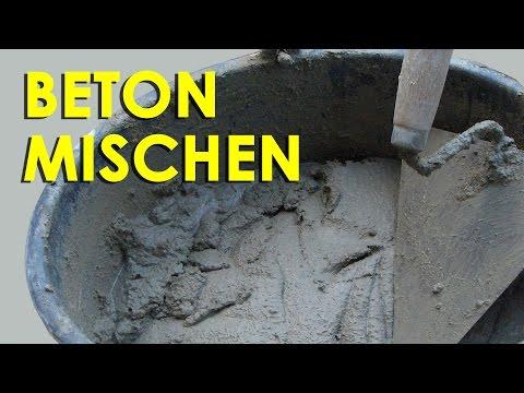 Beton mischen von Hand
