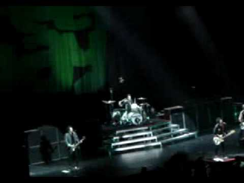 "My Generation (""The Who"" Cover) - Greenday 2009 Auckland, NZ Mp3"