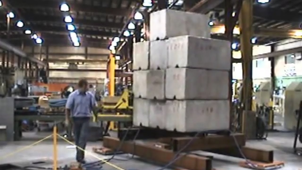 Man moves 40,000 Pounds by hand