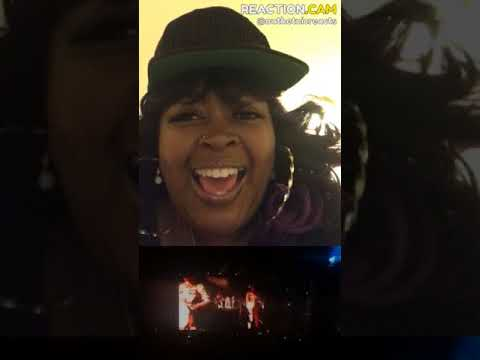 Beyoncé Epic Coachella Opening - Crazy in Love – REACTION.CAM