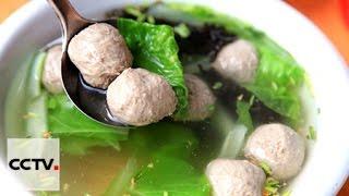 Суп с мясными тефтелями в горшочке