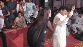 Punajbi Seraiki Song, Main Mahi Day Khooh, Very Hot Dance Mehfil Mujra