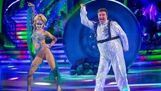 Mark Benton dances to 'I Lost My Heart To A Starship Trooper' - Strictly Come Dancing - BBC One