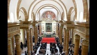 Foto's en video priesterwijding Rome
