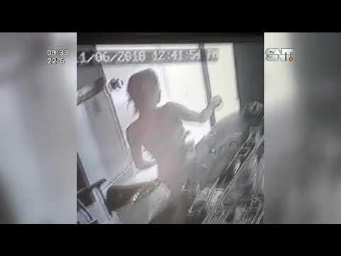 Robo de 1.500 dólares a empresario fue captado por cámaras de seguridad