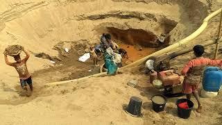 preview picture of video 'পাথর উত্তোলন, যাদুকাটা নদী।'